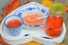 Peltea de gutui - reteta de jeleu de gutui fara conservanti. Pelteaua naturala de gutui, aromata si colorata, are un gust care aminteste de zilele de toamna