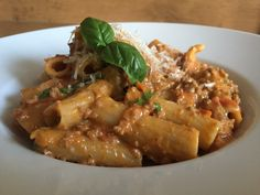 One-Pot-Pasta-Hackfleisch, ein gutes Rezept aus der Kategorie Kochen. Bewertungen: 78. Durchschnitt: Ø 4,1.