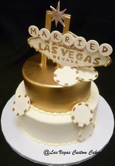 Poker chips, gold and fun on this wedding cake by Las Vegas custom cakes in Las Vegas, Nevada.