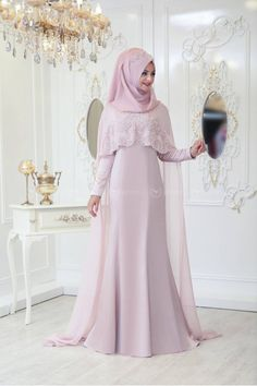 Melek Abiye – Pudra – Pınar Şems There are different rumors about the history of the marriage dress; tesettür First … Muslimah Wedding Dress, Hijab Wedding Dresses, Pakistani Dresses, Bridal Dresses, Abaya Fashion, Muslim Fashion, Fashion Dresses, Abaya Designs, Abaya Mode