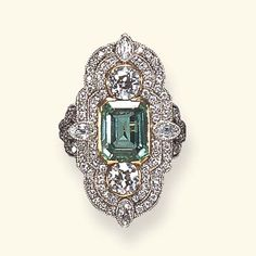 belle epoque emerald ring. Auctioned at Christie's for $16,000