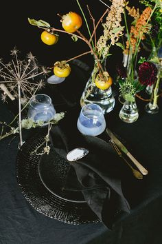 dramatic black Halloween tablescape | small space entertaining