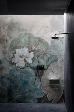 As Tadelakt is water repellent there's absolutely no demand for tiling etc. Tadelakt is incredibly versatile and may be used in a lot of means. Tadelakt not on. Bathroom Inspiration, Interior Inspiration, Creative Inspiration, Design Inspiration, Mural Floral, Flower Mural, Tapete Floral, Tadelakt, Kintsugi