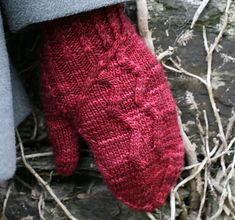 This is SUCH a gorgeous mitten pattern! I already have a few Christmas requests for these hahaha