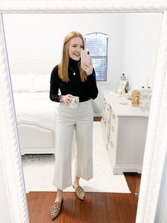 nice office outfits for ladies Casual Work Outfits, Business Casual Outfits, Business Attire, Work Casual, Business Formal, Casual Boots, Stylish Outfits, Casual Dresses, Preppy Work Outfit