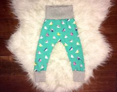 Etsy :: Your place to buy and sell all things handmade Baby Girl Leggings, Girls 4, Sweatpants, Trending Outfits, Floral, Handmade, Blue, Etsy, Fashion