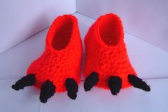 The purchse will be for 1 pair of handmade crochet novelty Dragon claw / Monster feet baby booties in the chosen colour. Made using 100% Premium Acrylic Yarn  0-6 months sizing  Length = 9cm (3.6 inches) (of sole of slipper only not including claws) Height = 3.5cm (1 1/8 inches) Heel = 4cm (1.5 inches) wide Toes = 5cm (2 inches) wide  6 - 12 months sizing  Length = 10cm (4 inches) (of sole of slipper only not including claws) Height = 3.5cm (1.5 inches)...