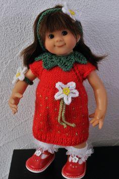 Tuto robe fraise pour poupée Wichtel (32 cms)