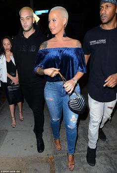 Crushing it: The model looked fantastic in a blue velvet off-the-shoulder top as she arrived at West Hollywood hotspot Delilah Blue Velvet Top, Velvet Tops, Amber Rose, Model Look, Velvet Fashion, Thursday Night, Old Models, Celebrity Outfits, Celeb Style