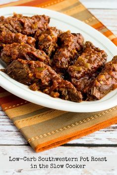 Who else still uses the slow cooker on the weekend to fill the house with amazing aromas? This Low-Carb Southwestern Pot Roast in the Slow Cooker is something I'd never get tired of! Healthy Crockpot Recipes, Slow Cooker Recipes, Healthy Dinner Recipes, Mexican Food Recipes, Beef Recipes, Low Carb Recipes, Healthy Appetizers, Healthy Sweets, Dip Recipes