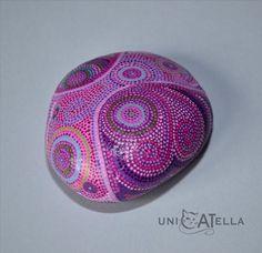 Looks like a very feminine rock.