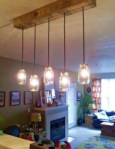 Are you looking for rustic lighting ideas to give your home a rustic look? I have here amazing rustic lighting ideas to give your home a rustic look. Deco Luminaire, Luminaire Design, Luminaire Vintage, Pot Mason Diy, Mason Jars, Glass Jars, Pallet Light, Wooden Pallet Projects, Diy Pallet