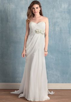 5 Wedding Dresses Under 500 Dollars from RUCHE - Aisle Perfect