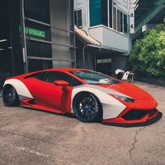 Here it is Widebody Huracan •