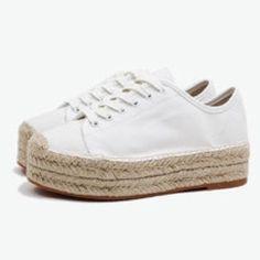 Windsor smith espadrilles white linen Excellent condition espadrilles! Australian brand Windsor smith Shoes Espadrilles