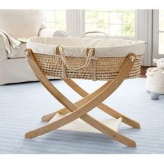 love this bassinet