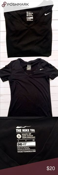 Nike Dri-Fit Tee Nike tee, perfect work working out! No imperfections or even cracks in the logo! Just some fuzzies which I will lint roll off before I send out! Size small, but doesn't have much stretch so I think this fits more like an XS!                 Brand: Nike.                                                                     Size: S, but fits more like an XS. Nike Tops Tees - Short Sleeve