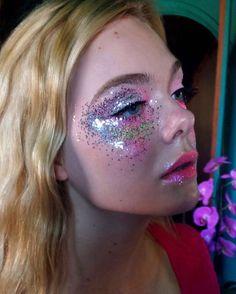 Glitter galore! Elle's final makeup as Jesse in The Neon Demon. #ellefanning…