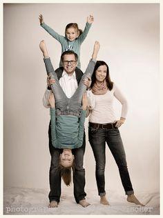 Familie im Fotostudio