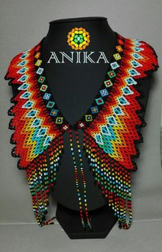 We can speak Chinese, too. China freight Exotic Embera Necklace by natives from Colombia. African Tribal Jewelry, African Necklace, American Indian Jewelry, Ethnic Jewelry, Beaded Jewelry, Beaded Necklaces, Boho Jewelry, Beading Tutorials, Beading Patterns