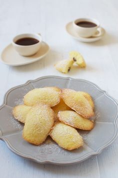Nutella stuffed Madeleines