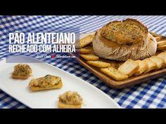 Receita em video de Pão Alentejano Recheado com Alheira Ingredientes para 8 pessoas: 1 pão alentejano com cerca de 650g 1 alheira de mirandela sem