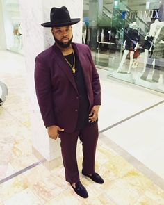 "icontips: ""…saucing on you. #PLUGGED  (at Phipps Plaza) "" Follow bigguyflyy for plus size male fashion inspiration, tips, hacks, advice and more! He always kills!!!!"