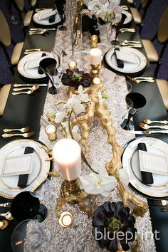 black glassware and gold flatware Wedding Reception Decorations, Wedding Table, Table Decorations, Gatsby Wedding, Gold Wedding, Deco Nouvel An, Succulent Centerpieces, Centrepieces, Deco Table Noel