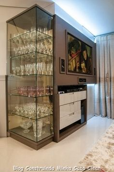 A beautiful way to display glassware. Home Wet Bar, Bars For Home, Living Room Home Theater, Living Room Decor, Drawing Room Design, Scandinavian Style Home, Dining Room Hutch, Casa Clean, Home Bar Designs