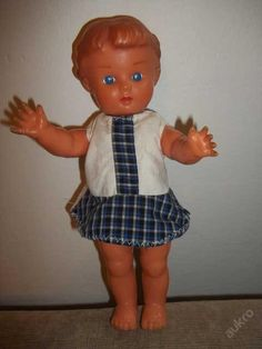 Retro panenka v původním oblečení Sylvanian Families, Retro, Czech Republic, Decoupage, Dolls, Disney Princess, Disney Characters, Vintage, Baby Dolls