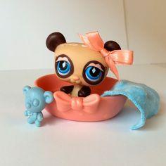 Littlest Pet Shop Panda Bear #574 w/Basket & Accessories - CUTE! #Hasbro