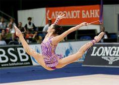 Anna Bessonova split leap - Rhythmic Gymnastics