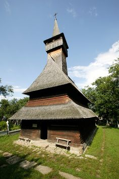 Wooden Churches of Maramureș, Northern Transylvania, Romania Transylvania Romania, Vernacular Architecture, Iglesias, Places To See, Travel Guide, North America, Beautiful Places, Religion, Country