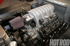 5.7L HEMI DODGE ENGINE 6.1L Intake 650x433 photo