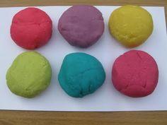 Ways to color playdough...