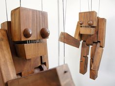 Monster puppet by Juan Pablo Cambariere Woodworking For Kids, Woodworking Projects, Monster Crafts, Wood Games, Marionette, Woodworking Inspiration, Puppet Making, Hobby Toys, Got Wood