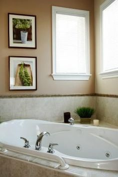How to Disinfect a Whirlpool Bathtub