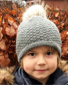 Opskrift på hue i vævestrik - børn og voksne Chrochet, Knit Crochet, Crochet Hats, Knitted Shawls, 4 Kids, Ravelry, Winter Hats, Knitting, Illustration