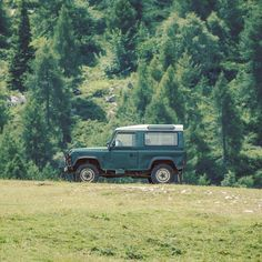 """123 mentions J'aime, 5 commentaires – The Campfire Lab (@thecampfirelab) sur Instagram : «""""The best road to progress is freedom's road."""" 🚐🌲🌳 -John F. Kennedy #thecampfirelab…»"""