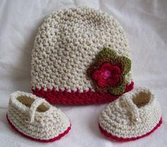 KTBdesigns: Red Trimmed Crochet Hat Set