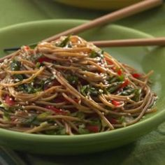 This Recipe For Elise's Sesame Noodles Is A Popular Dish. Try It For Dinner Tonight In Place Of Takeout. Whole-wheat Pasta Bolsters Fiber And Nutrients In This Noodle Salad. Heart Healthy Recipes, Diet Recipes, Vegetarian Recipes, Cooking Recipes, Diabetic Recipes, Lunch Recipes, Easy Recipes, Recipies, Frango Chicken