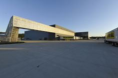 Gallery - Dollar General Distribution Center / Leo A Daly - 1
