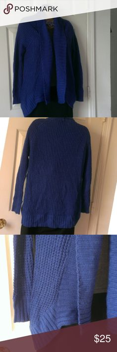 Blue Chunky Sweater Cardigan Size Small This beautiful bulky sweater cardigan is in great condition.  My home is smoke free and pet free.  Check out the other items in my closet and bundle for your discount.  I always consider offers.  Happy POSHING! Whisper Sweaters Cardigans