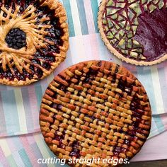 Blueberry Geometric Spoke Pie