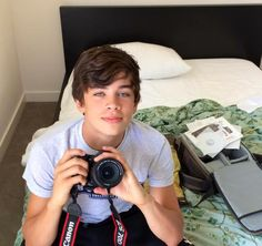 Hayes Grier @Shayboo3