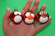 Angry Bird Ornaments. Might have to keep this in mind for an art project close to Christmas time this year!