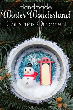 4 Easy Steps For Developing A Sunroom Handmade Winter Wonderland Christmas Ornament - You'll Never Guess What Was Upcycled To Make This Pretty Ornament Diy Christmas Ornaments, Christmas Projects, Simple Christmas, All Things Christmas, Handmade Christmas, Holiday Crafts, Christmas Time, Christmas Decorations, Christmas Ideas