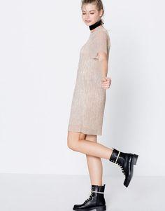 Short-sleeve metallic dress - Clothing - New - Woman - PULL&BEAR Croatia
