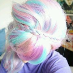 Cotton candy Hair (Use light pink and baby blue hair chalk)