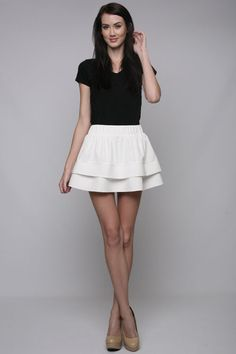 tiered skirt in cream